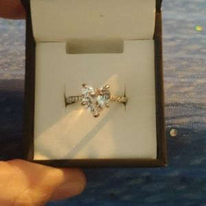 Heart shaped solitare ring - size 7